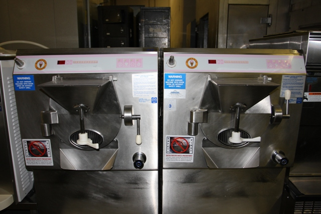 LB 502 BATCH FREEZER COLD STONE USED