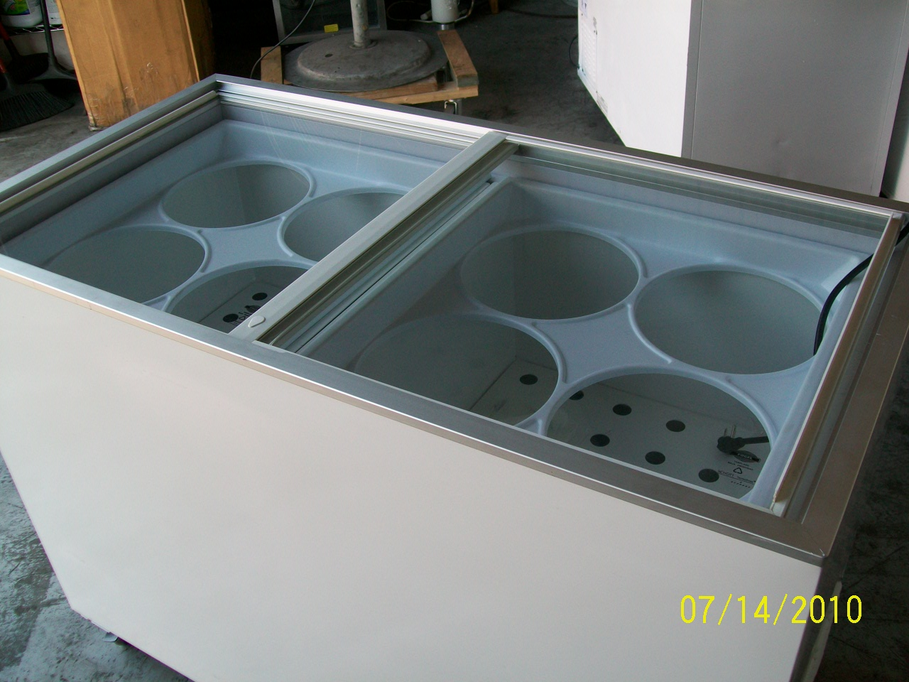 Remarkable Ice Cream Dipping Freezervused Ice Cream Equipment For Sale Interior Design Ideas Greaswefileorg