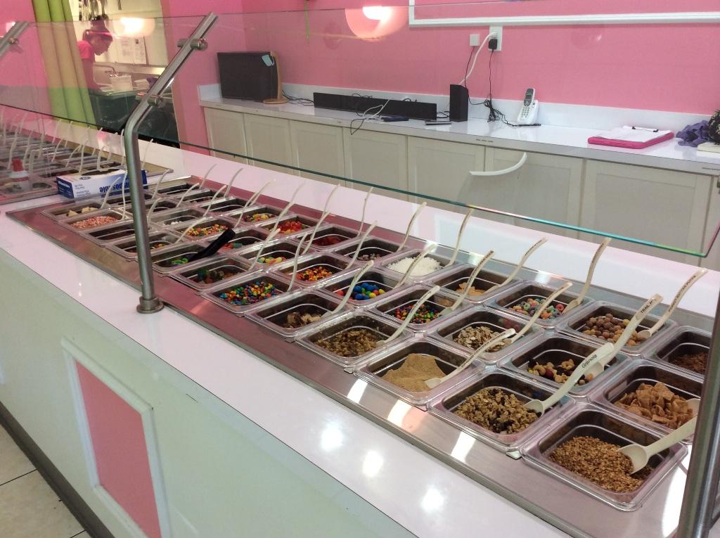 used frozen yogurt store toppings bar
