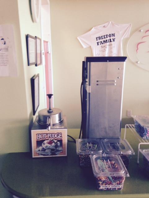 used hot fudge machine and vitamix blender